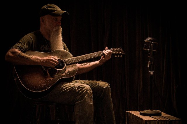 See Seasick Steve perform an intimate date in Nottingham later this year.