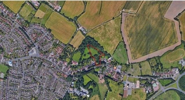 Land at the back of 91 to 95 Worksop Road will be used to build five, five-bed houses and two three bed houses with garages, now plans have been approved.