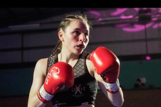 Nicola Hopewell in the ring.