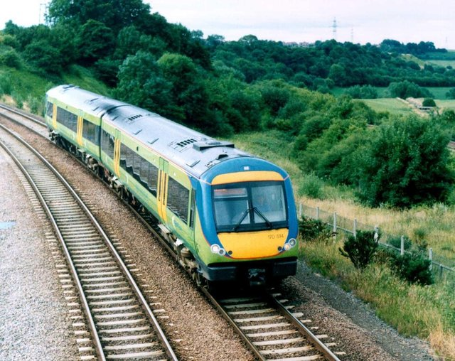 Rail passengers faced delays on the Robin Hood Line between Mansfield and Nottingham this morning (Monday)due to a fault with the signalling system.