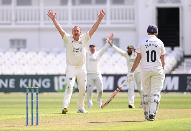 Luke Fletcher of Nottinghamshire appeals for the wicket of Ryan ten Doeschate of Essex lbw for six runs during the LV Insurance County Championship match between Nottinghamshire and Essex at Trent Bridge.  (Photo by Laurence Griffiths/Getty Images)